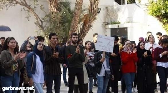 تونس تنتفض ضد أستاذ جامعي إخواني يتحرش بالطالبات