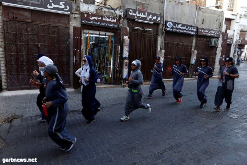 """""""الركض في جدة""""... إجتفالا بيوم المرأة (صور)"""