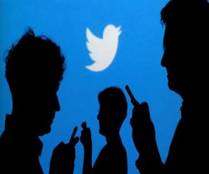 """""""تويتر"""" يطلق تحديثا جديدا يضمن لك وصول التغريدات المثيرة"""