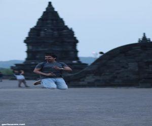 قفزه لمرشد سياحي سعودي تفوز كأفضل لقطة في إندونيسيا