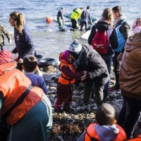 Refugees and migrants braving seas to flee to Europe in 2015 top one million – UN