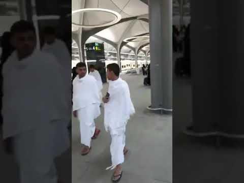 """لحظة وصول أولى الرحلات التجارية لقطار الحرمين السريع إلى """"مكة"""" قادمة من """"المدينة"""""""